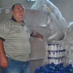 Скандално! Над 6 тона храна за социално слаби гние в забравен склад, а хората мизерстват!