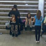 Потресаващо! Малолетни девойки припадат в училище след употреба на опиати!