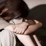 Потресаващо! Изнасилено малолетно момиче защити насилниците си в съда?!